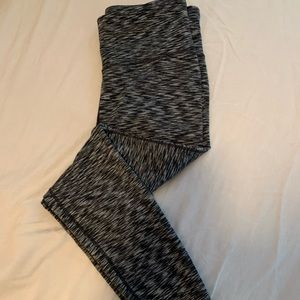 Gap Fit high rise leggings size large